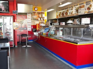 Large Takeaway in Capalaba   Cafe and Kebabs