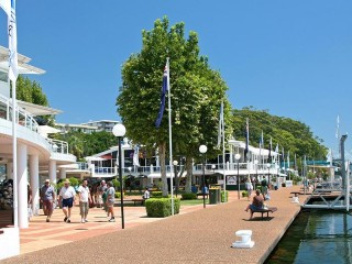 Vibrant and Successful Specialty Retail Outlet in Port Stephens