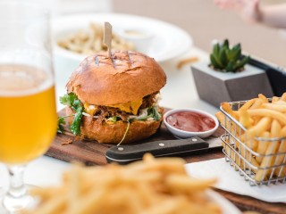 Fully Licensed Hamburger Restaurant for Sale in the Sutherland Shire CF
