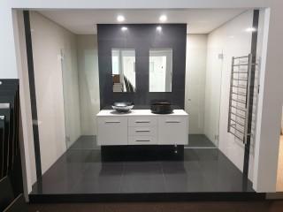 Price Reduction on Bathroom Renovation Shooroom and Office space in Kirrawee