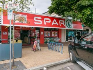 Busy SPAR supermarket Hervey Bay SS