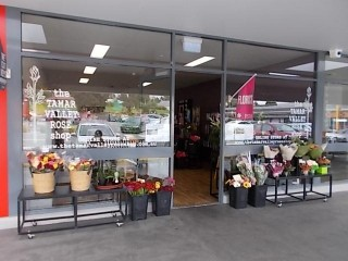 Vacant Shop suitable Health or Service Provider,Retail and or Hospitality