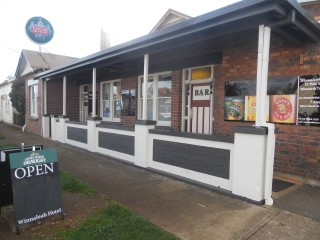 Winnaleah Tasmania, Freehold Small Country Hotel $498,000