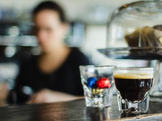 ALL OFFERS CONSIDERED: 7 Day Cafe in Prime Location in Inner Northern Suburbs