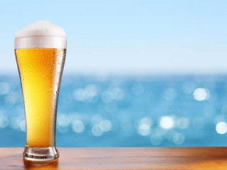 JUST LISTED! Gorgeous Restaurant and Bar, Bondi Beach selling by Expressions of Interest