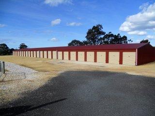 Tasmanian Freehold Self-Storage 8.5 acres executive home $1,990,000 o/o $4,000 PW t/o zero vacancy
