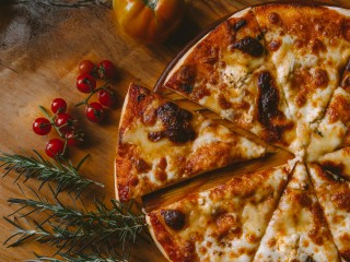 Gourmet Pizza Restaurant for Sale in The Hills District CF