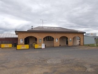 Colebrook Tavern,Best Value Freehold Tasmanian Tavern O/O $399,000 +SAV