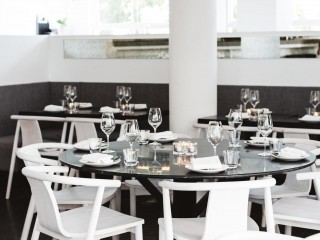 Fine Dining Restaurant and Bar in Superb Location in Sydney Eastern Suburbs